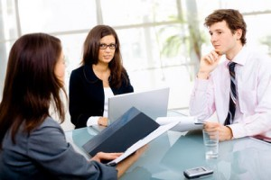 Klient zawsze stawiany jest na pierwszym miejscu, więc oferujemy mu tylko najlepsze ubezpieczenia.
